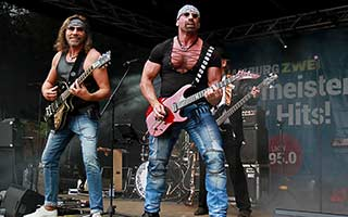 Bühnenbild Stadtfest Rockband Boerney